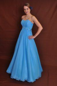 maturitní_šaty.Natali_.modré_.pásek_