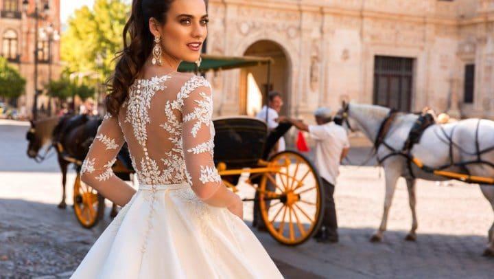 8 nejnovějších trendů pro váš svatební outfit v sezóně 2017/2018!